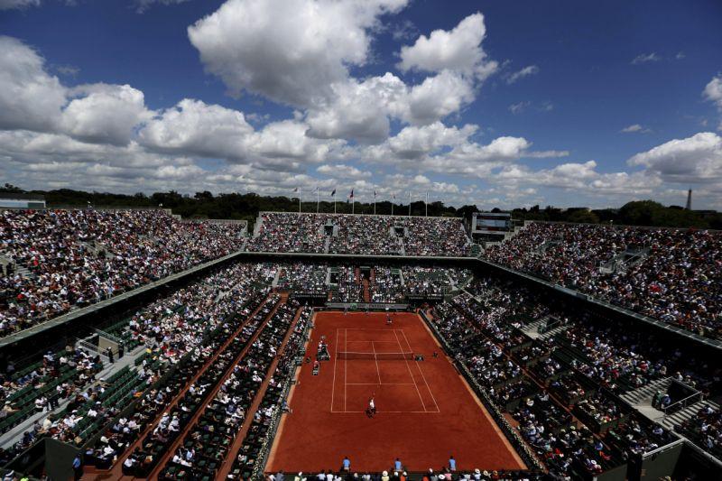 PGA, maratones, baloncesto, Roland Garros: valientes que fijan fechas