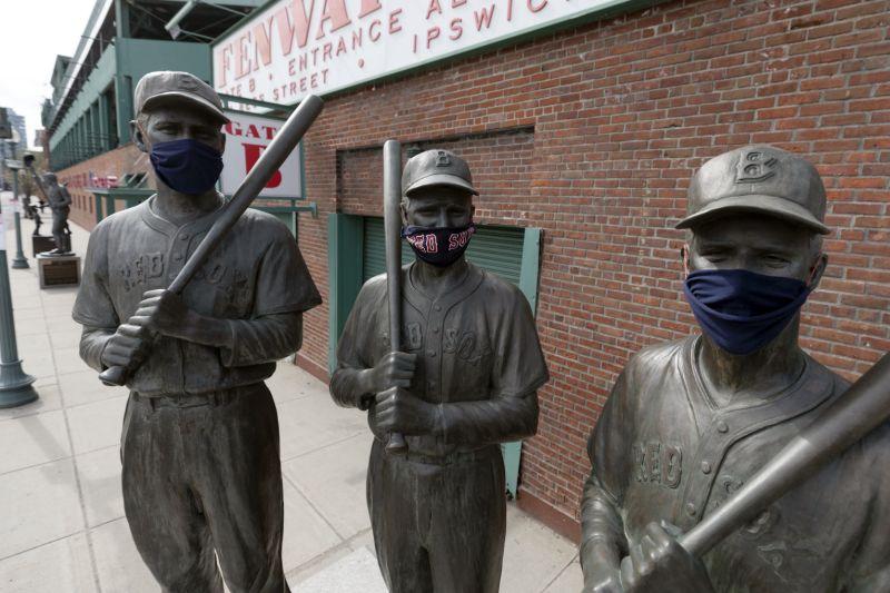 Equipos de Grandes Ligas ofrecen reembolsos de boletos