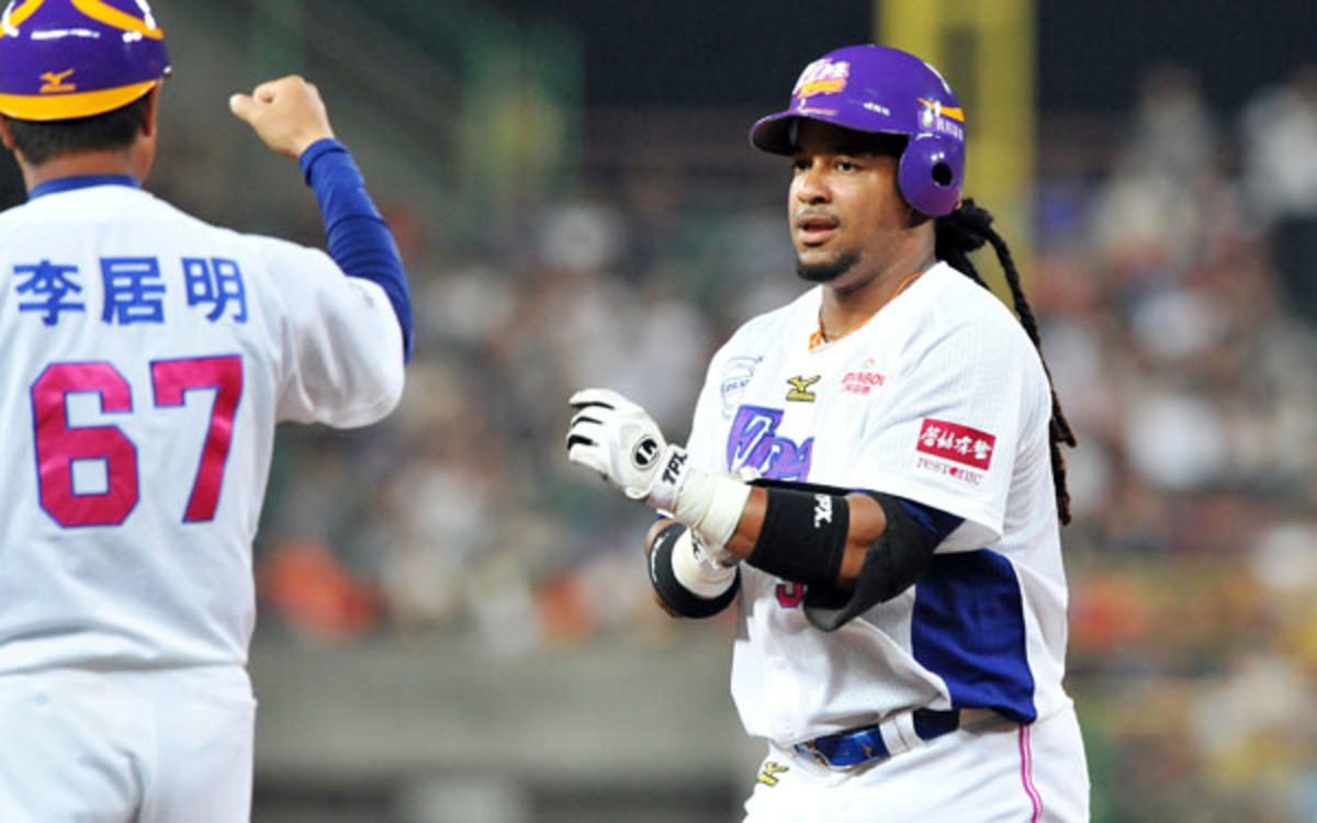 Manny Ramírez busca regresar al béisbol en Taiwan a los 47 años