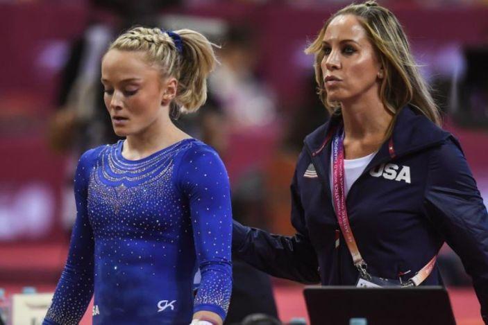 Exentrenadora de gimnasia de EEUU ha sido suspendida ocho años