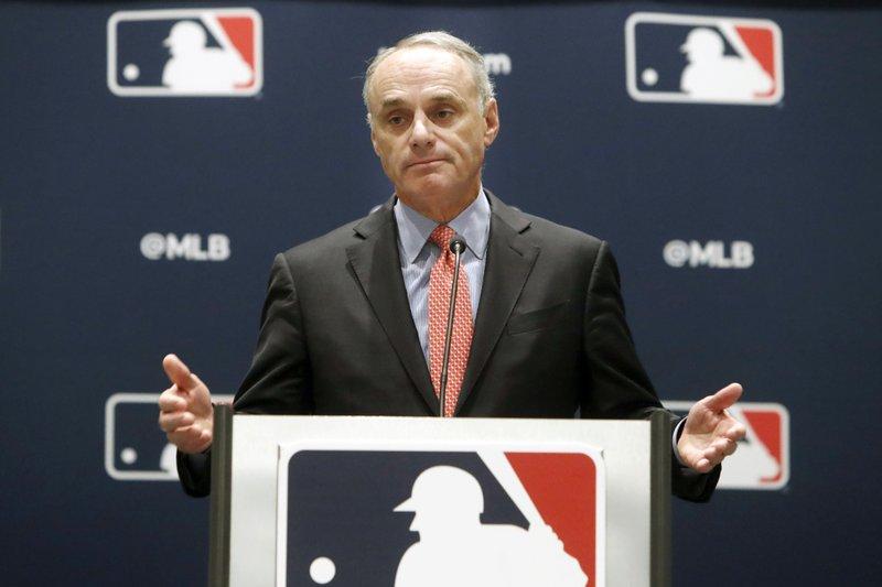 Grandes Ligas evalua todas las opciones para intentar jugar
