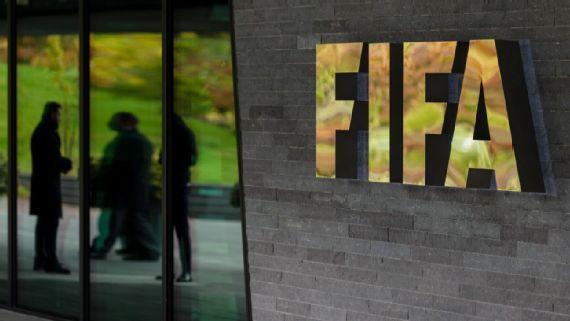 FIFA anuncia que contratos deben extenderse hasta el final de temporada