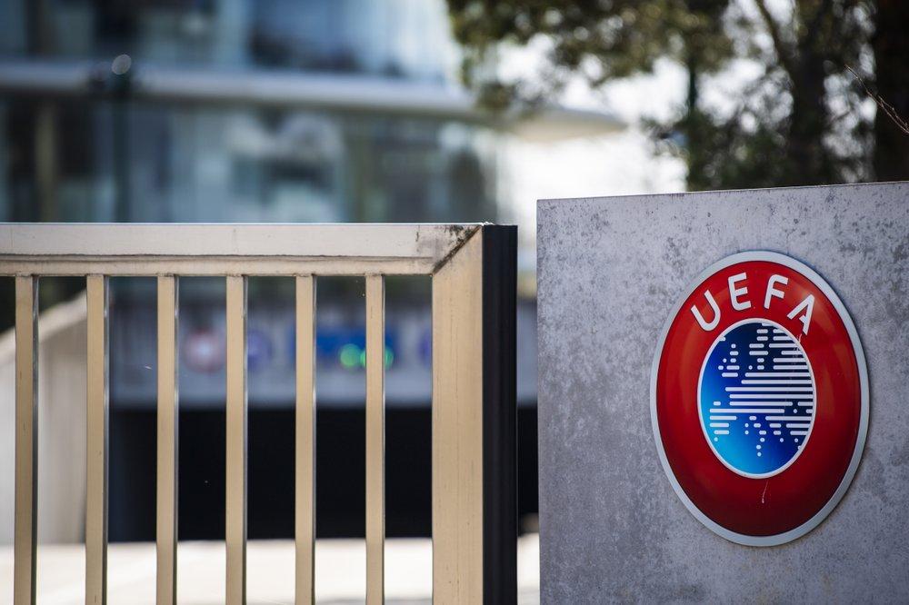 UEFA suaviza postura sobre ligas que quieran acabar antes
