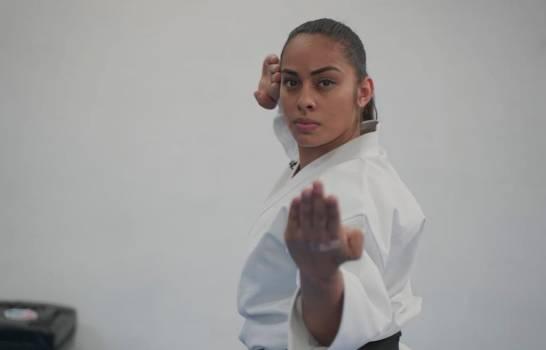 Sasha y Nykolai conquistaron el torneo de kata virtual de karate