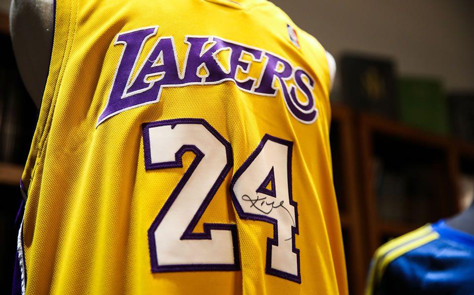 Objetos subastados de Kobe Bryant rompe con las expectativas económicas