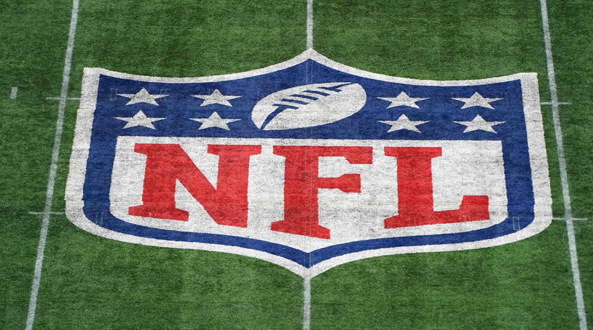 Forbes indica que NFL perdería USD 5,500 millones si juega en estadios vacíos