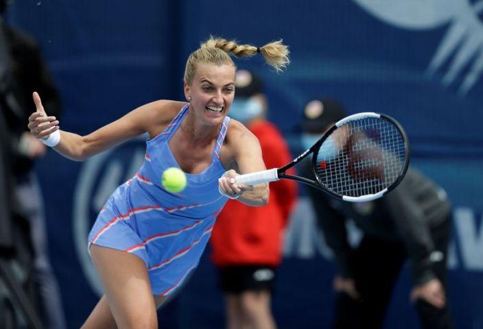 Petra Kvitova se impone en torneo Praga en vuelta del tenis