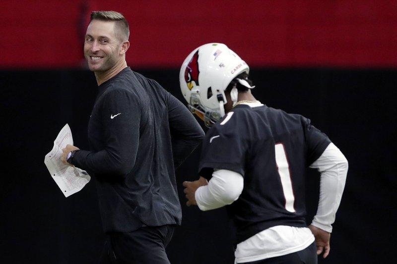 Ciertos equipos de la NFL reabren con permiso de autoridades