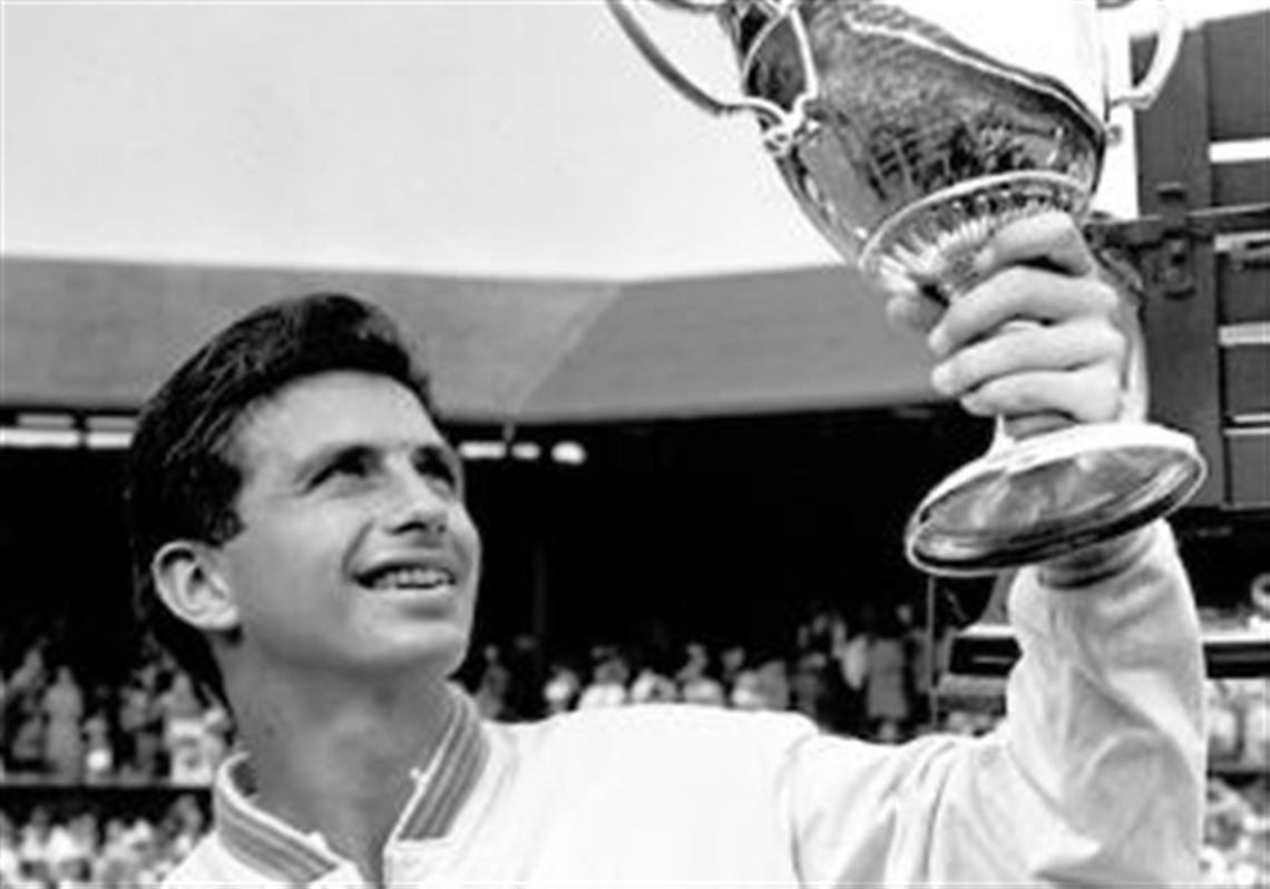 Muere tenista Ashley Cooper, campeón de Grand Slam