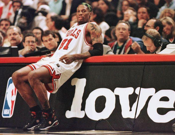Excesos, multas y engaños: así dilapidó su fortuna Dennis Rodman