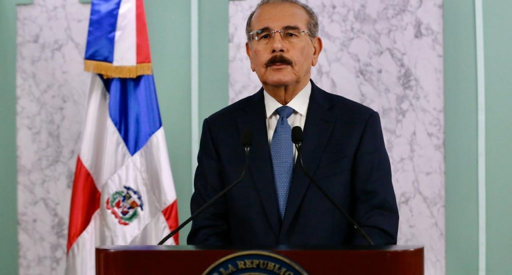 El presidente de la República mantiene en confinamiento al deporte