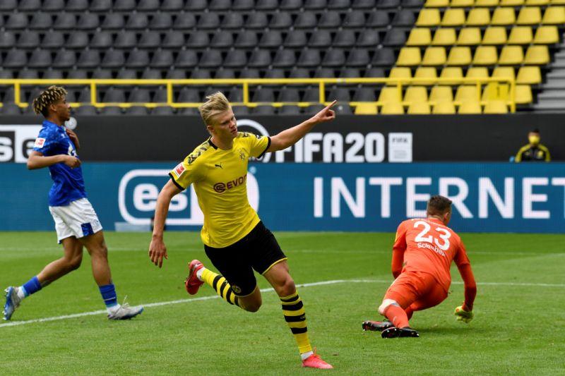 El Dortmund vuelve con goleada ante el Schalke en la Bundesliga