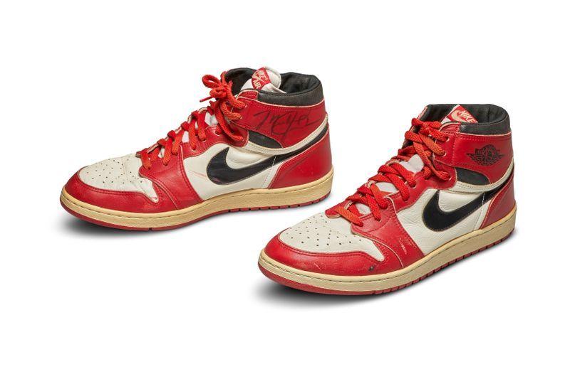 Las primeras zapatillas Air de Michael Jordan salen a subasta
