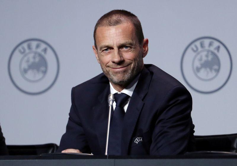 Presidente UEFA dice temporada europea fútbol terminará en agosto