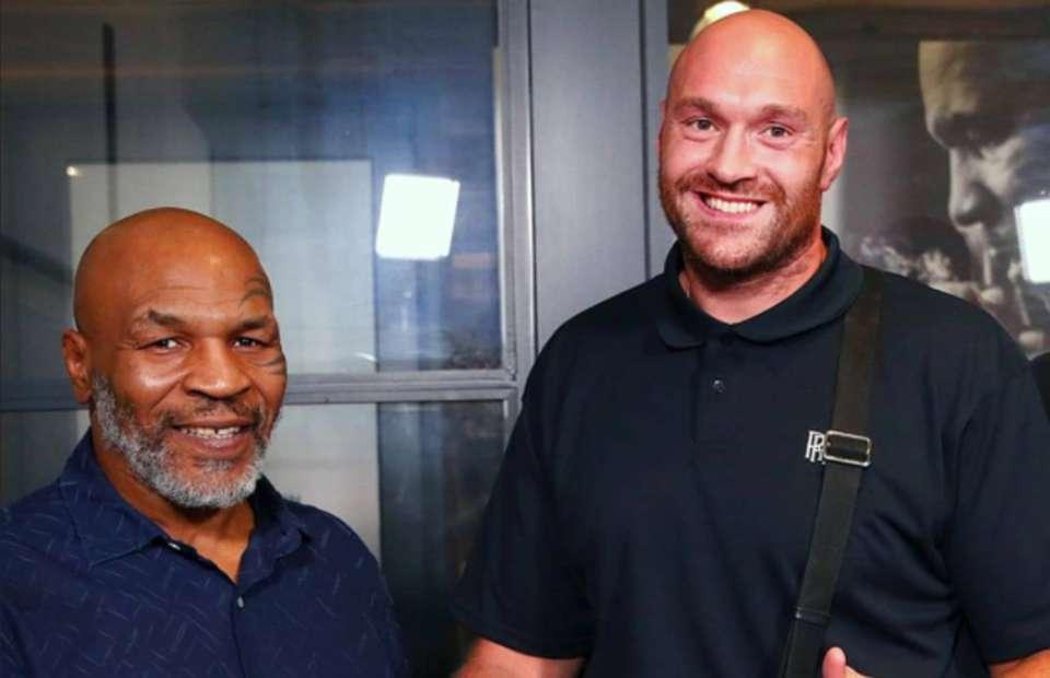 Tyson Fury revela posible exhibición con Mike Tyson