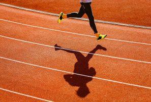 Se suicida triatleta que supuestamente sufría abusos de sus entrenadores