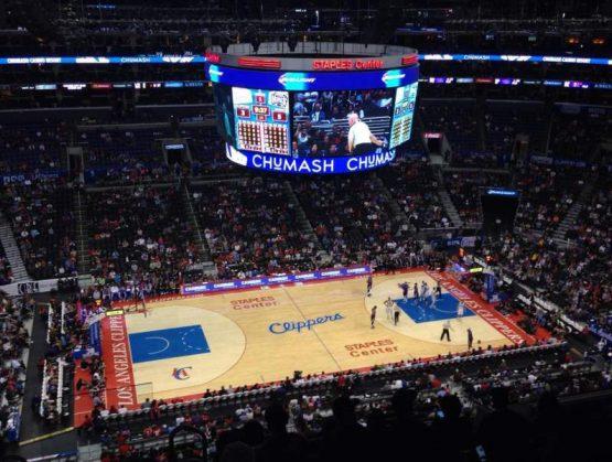 Clippers cierran instalaciones tras positivos a Covid-19