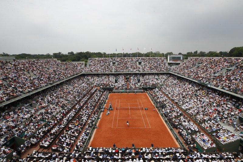 Roland Garros permitirá público, pese a repunte del virus