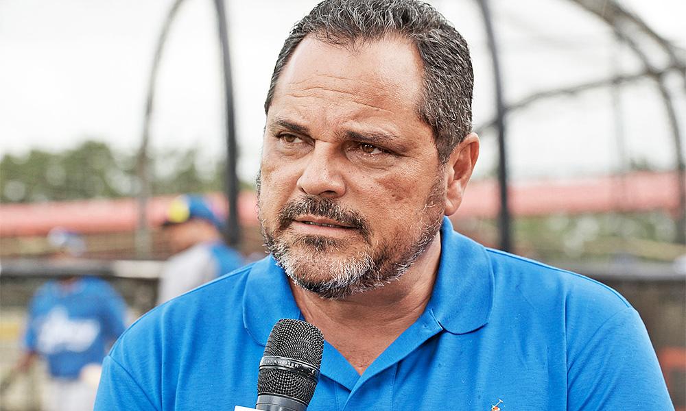 Junior Noboa, designado comisionado del béisbol dominicano