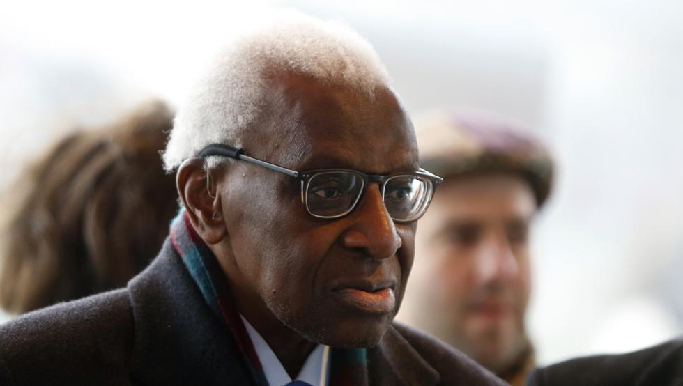Exjefe de la IAAF, Lamine Diack, condenado a 2 años de prisión