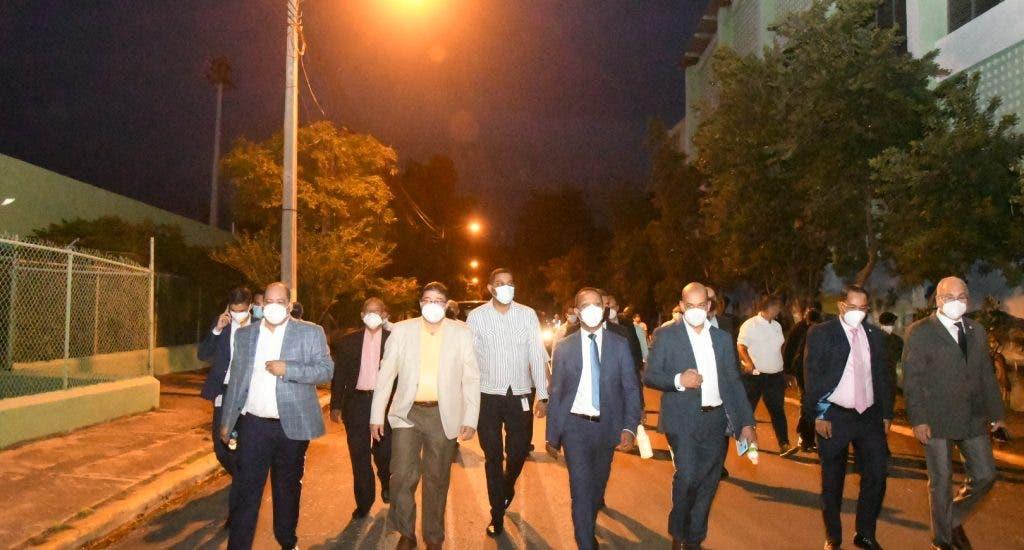 Miderec y Edesur iluminan por completo el Centro Olímpico Juan Pablo Duarte