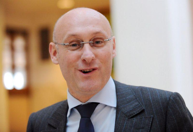 Arrestan a Bernard Laporte, presidente Federación Francesa de Rugby