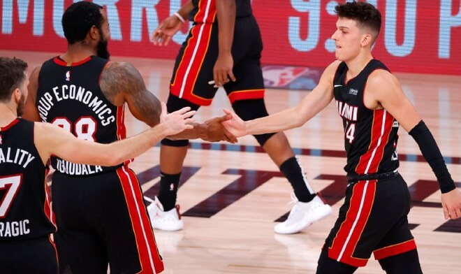 Miami Heat ganan y ponen a Celtics de Boston en jaque