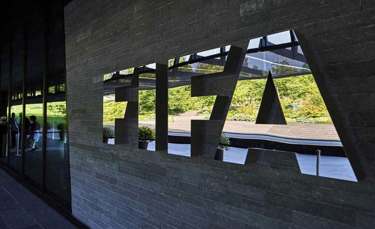 FIFA cierra investigación a presidente de Haití y sanciona a otro oficial