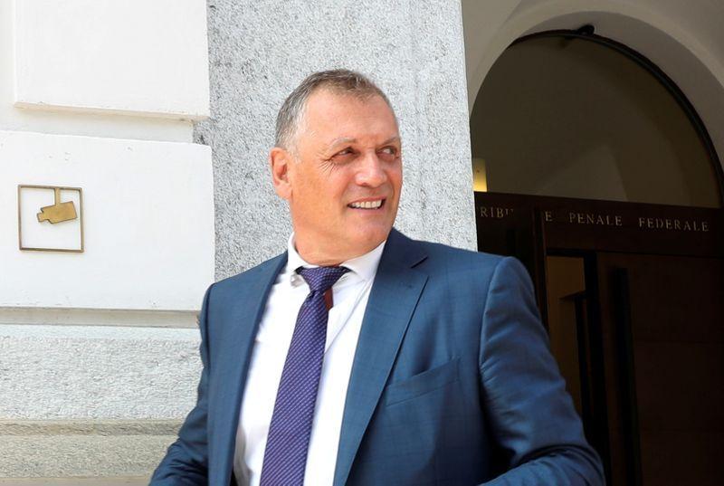 Exfuncionario FIFA Valcke, condenado en juicio por derechos de TV