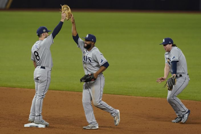 Serie Mundial capta baja audiencia récord por segunda noche