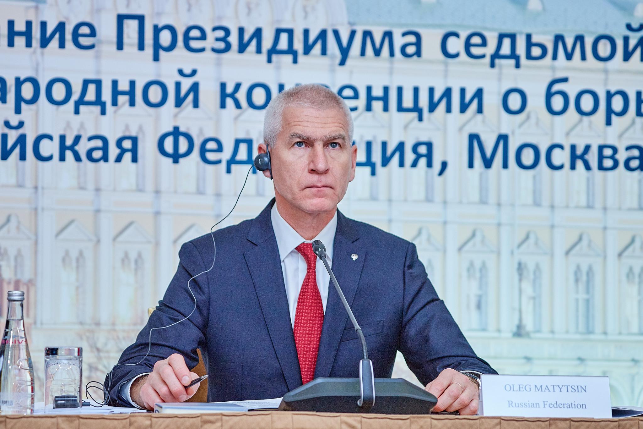 Ministro de Deportes ruso afirma que lucha contra dopaje debe estar libre