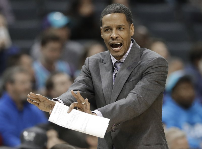 Stephen Silas será nuevo entrenador de Rockets