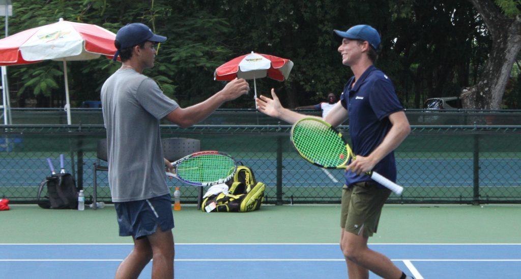 Gandini y Dickson levantan el trofeo de dobles en la Copa Mangulina