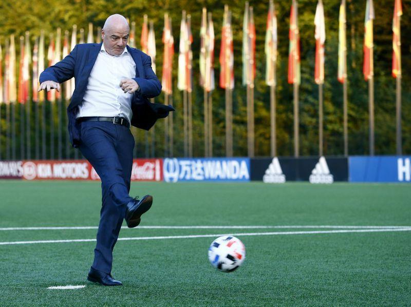 Presidente de la FIFA no está interesado en una Superliga europea
