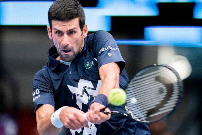 Novak Djokovic se aseguró terminar el año como número uno
