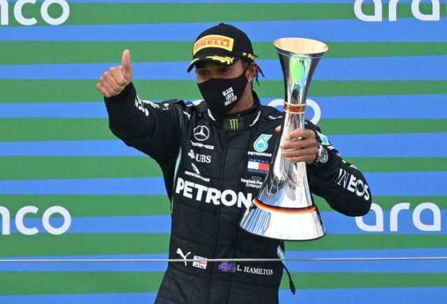 Hamilton gana en Eifel y empata récord de victorias de Schumacher