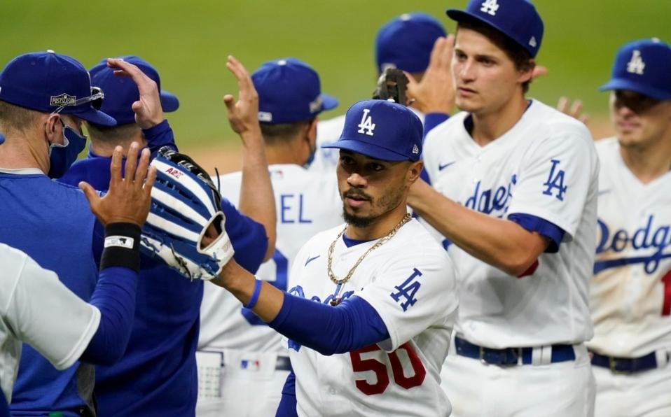 Dodgers vienen de atrás y regresan a la Serie Mundial