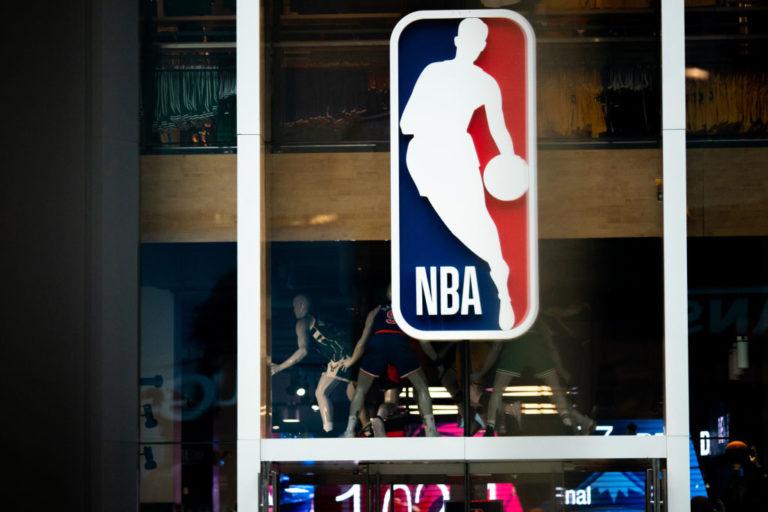 Aplazamientos de la NBA llegan a 20 por coronavirus