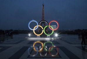 Suga promete controlar la pandemia y sigue decidido a albergar los Juegos Olímpicos