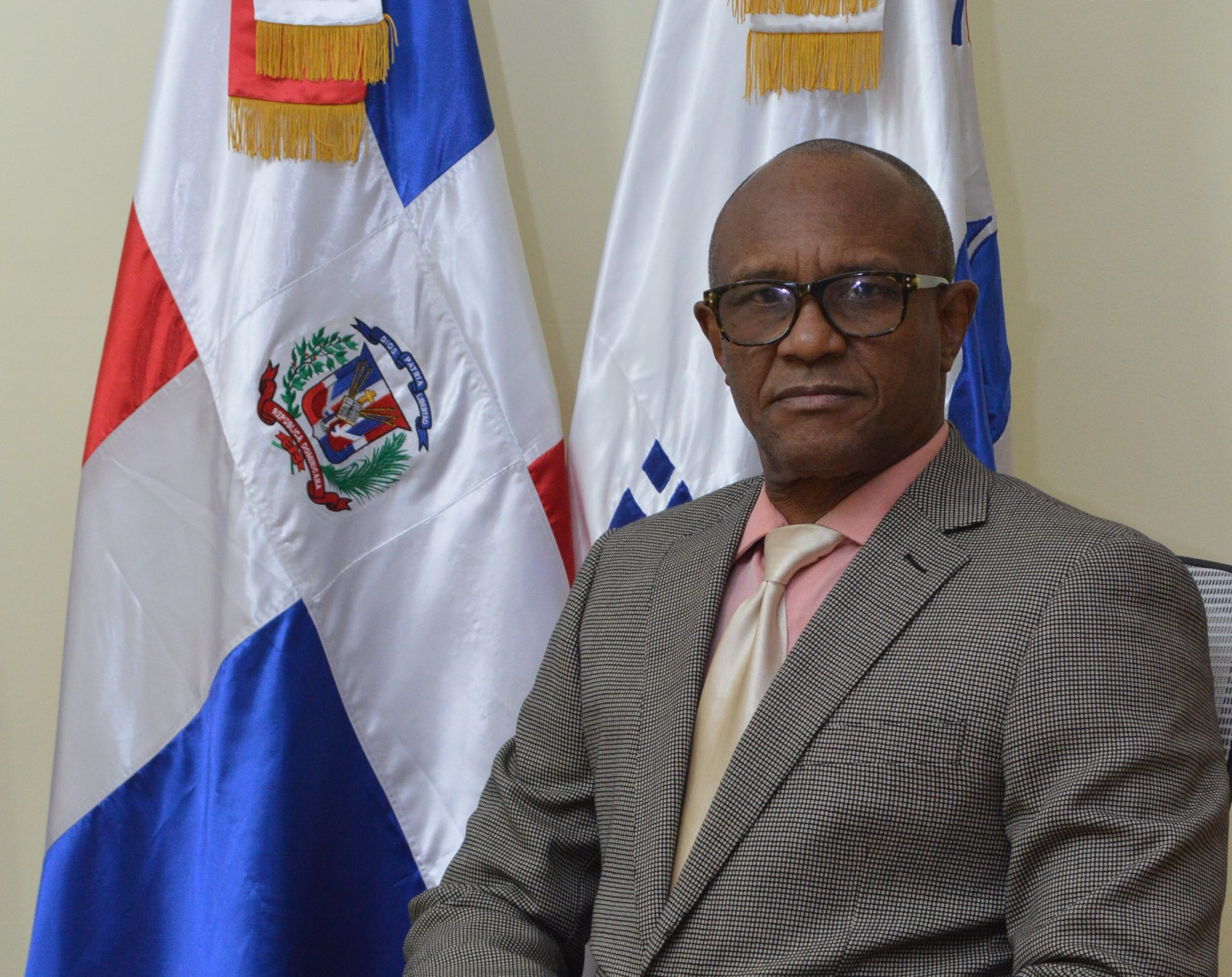Director del INEFI realiza encuentro  pedagógico para educación a distancia
