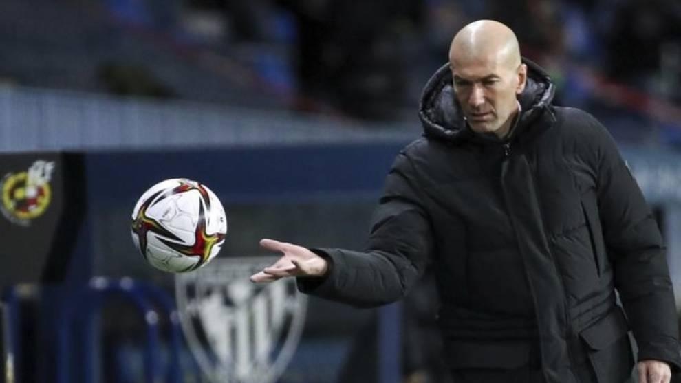 Zinedine Zidane da positivo en coronavirus