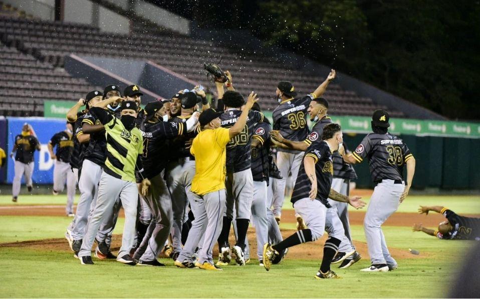Águilas están a las puertas de récords históricos en Serie del Caribe