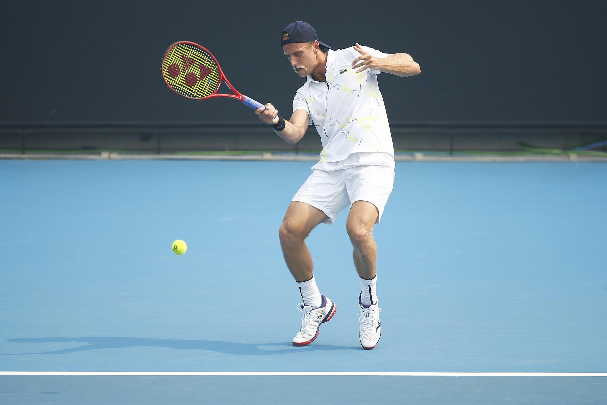 Jugador de tenis informó que padecía de coronavirus en medio del partido