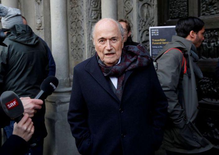 Expresidente de la FIFA Blatter estuvo en coma tras cirugía cardiaca