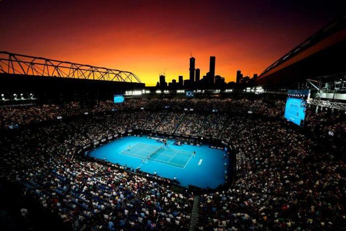 Amenazan demandar Abierto de Australia por cuarentena tenistas