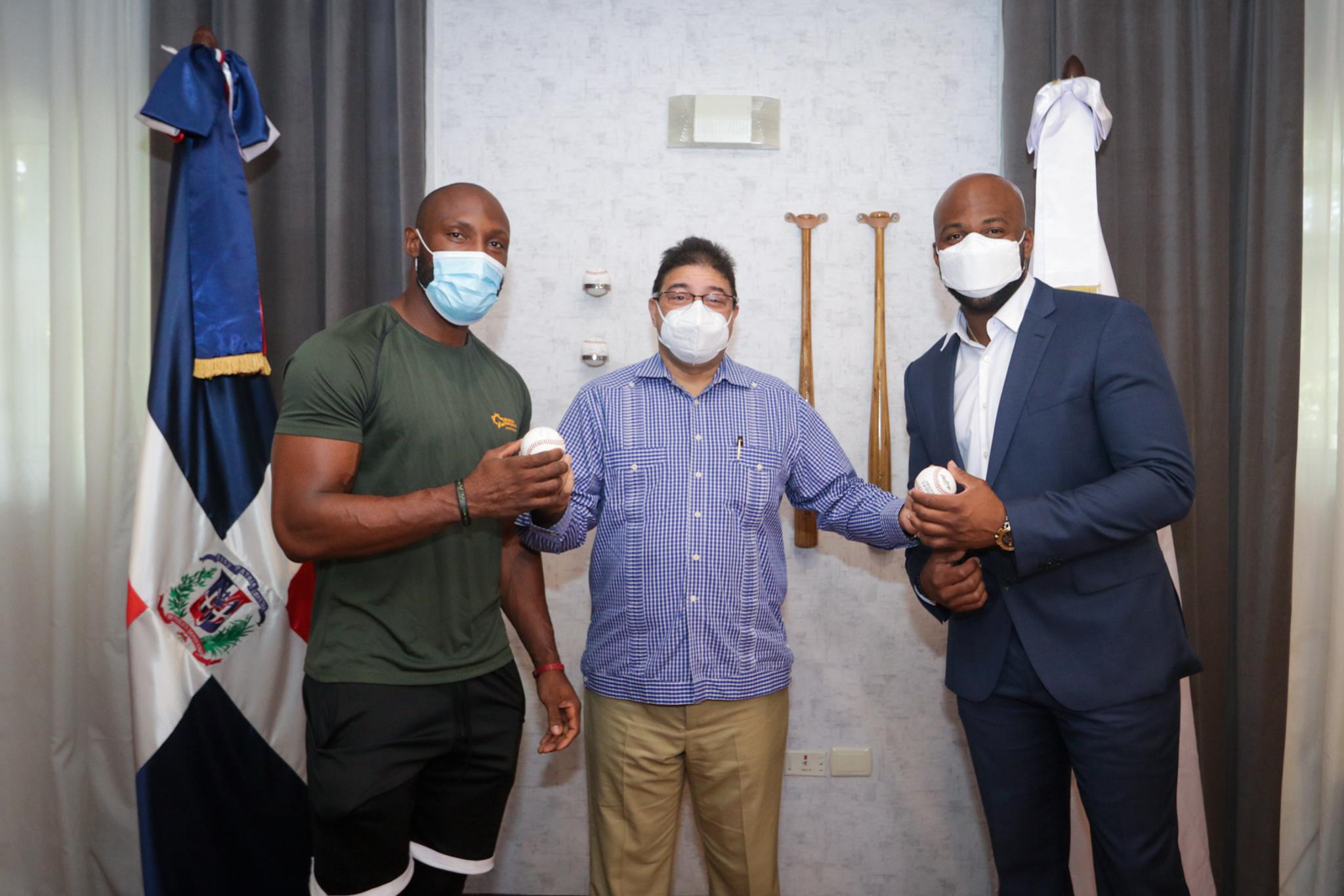 Marte y Rojas Jr. giran visita  a ministro Francisco Camacho