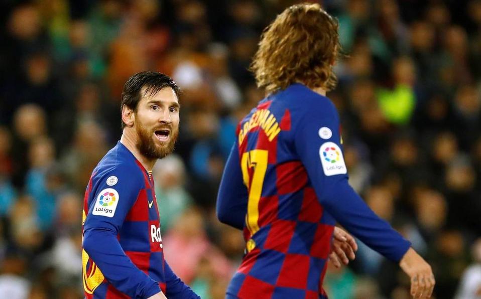Barcelona resurge en Granada con explosión de Messi y Griezmann