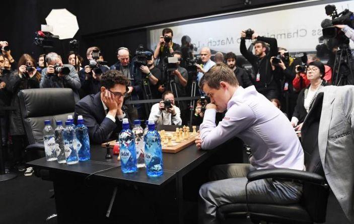 Caruana defiende título en regreso de los grandes clásicos ajedrez