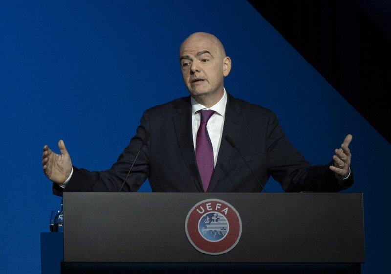 FIFA presenta programa educativo para combatir abusos