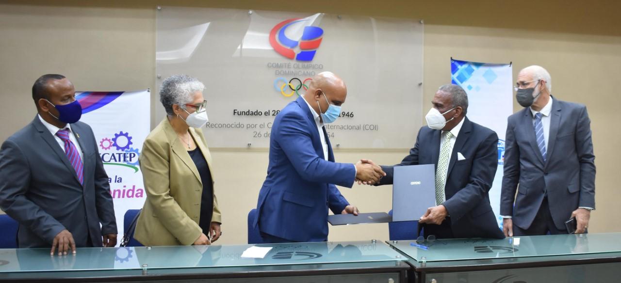 La Fedoclubes y Anacecatep firman un acuerdo de cooperación
